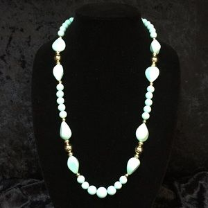 Jewelry - Tiffany blue and gold beaded necklace u014
